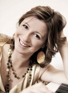 Julia Zipprick ist seit 2012 autorisierte CVT Gesangslehrerin